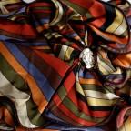 Foulard Femme à motif Poix modèle ROMANCE